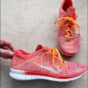 Women's Nike Fly Knit Tennis Shoes